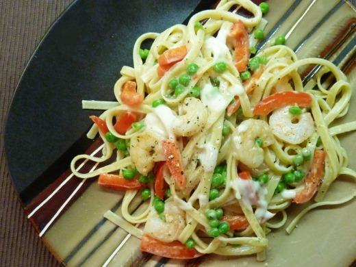 Ingredient Creamy Light Shrimp Alfredo | Meg Goes Nom Nom