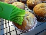 Banana-CinnaNOM Muffins